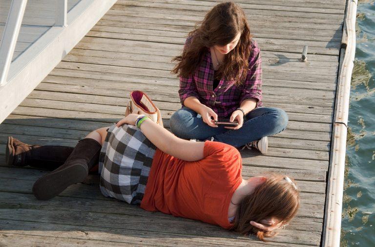 Unge har mer fritid – men savner samvær